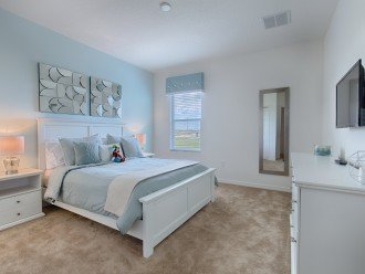 Cool relaxing decor makes this a soothing bedroom