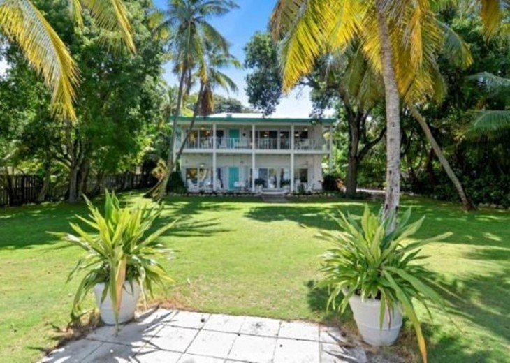 Little Bay Duplex - Gated Bayfront Property Shared with 2 Other Rental Units #10