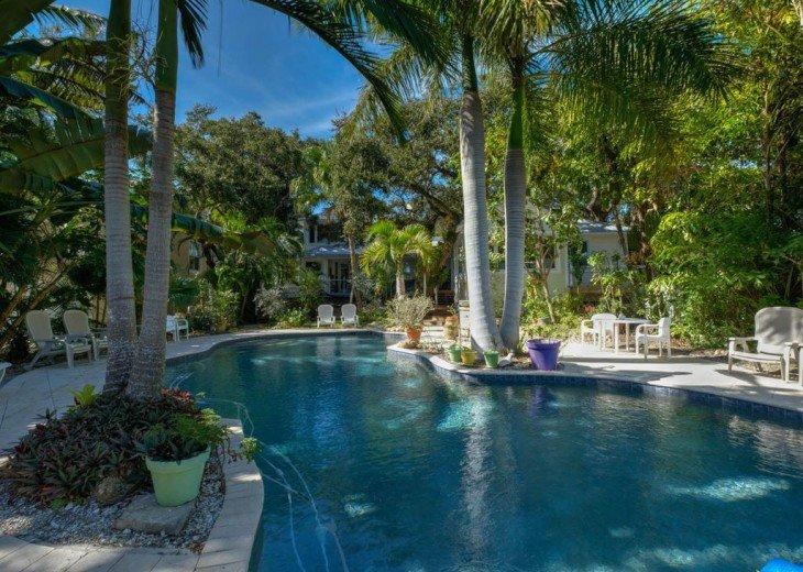 Surprising 1 Bedroom Cottage Rental In Siesta Key Fl Luxury Beach Home Interior And Landscaping Fragforummapetitesourisinfo