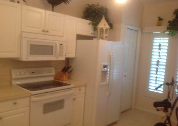 Pet Friendly Condo in Lely Resort #8