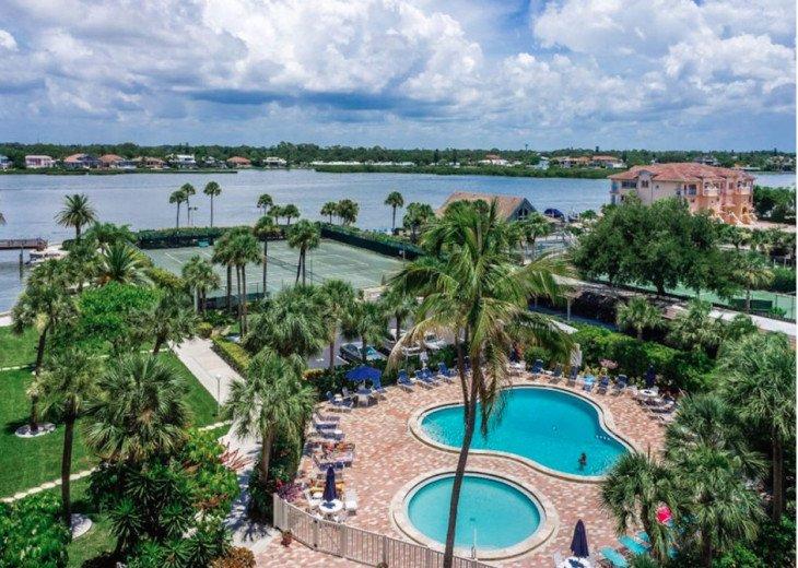 Siesta Key Luxury Condo 2/2, Pools, Tennis, Gym, walk to beach. #34