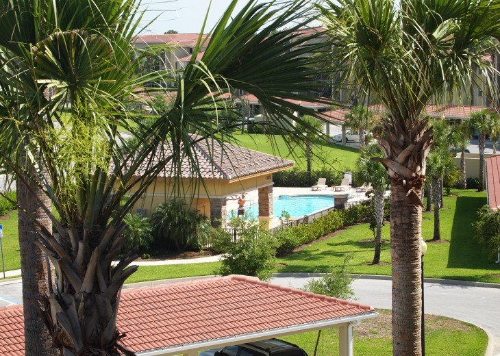 Veranda With 2 Bedrooms And Den On 2nd Floor - Golf Course View Near Pool. #22