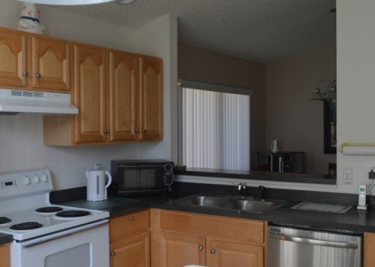 Vacation Rental Home Close to Disney, 4 Bdrm Private Pool, Free Internet #18