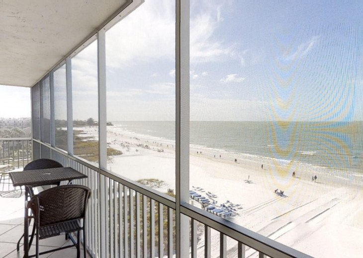 BEAUTY AT THE BEACH--Full front Gulf view!! Crescent Arms 601S #27