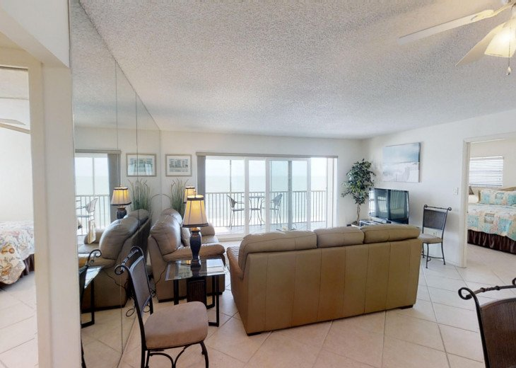 BEAUTY AT THE BEACH--Full front Gulf view!! Crescent Arms 601S #10