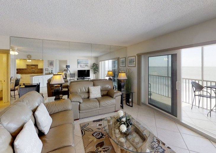BEAUTY AT THE BEACH--Full front Gulf view!! Crescent Arms 601S #8