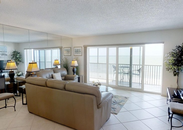 BEAUTY AT THE BEACH--Full front Gulf view!! Crescent Arms 601S #9