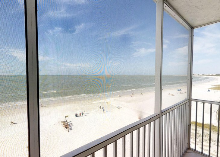 BEAUTY AT THE BEACH--Full front Gulf view!! Crescent Arms 601S #26