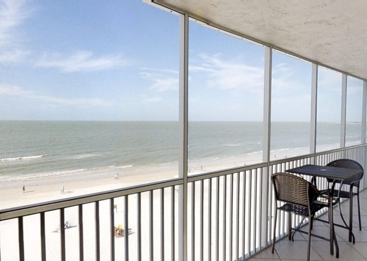 BEAUTY AT THE BEACH--Full front Gulf view!! Crescent Arms 601S #25