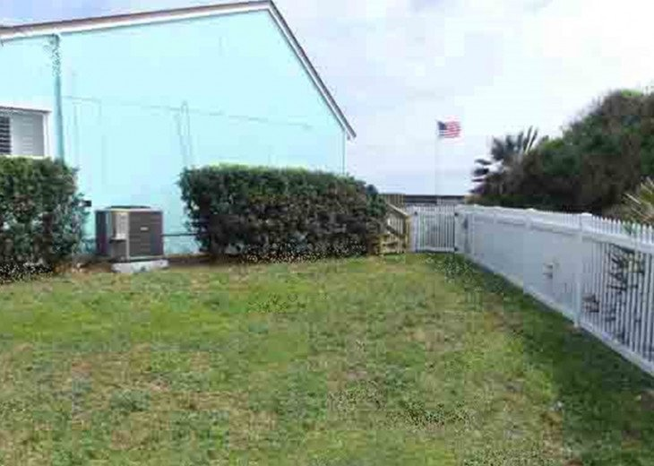 Upscale Oceanfront 1 Level Home-Great Views-Huge Deck-Screen Porch-Pets OK #24