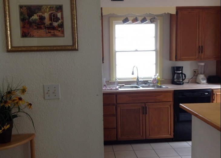Peaceful Pinebrook Manor for 2 to 14 guests 1 block from Clearwater Country Club #14