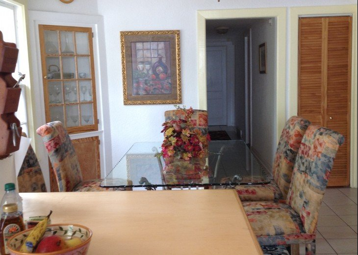 Peaceful Pinebrook Manor for 2 to 14 guests 1 block from Clearwater Country Club #8