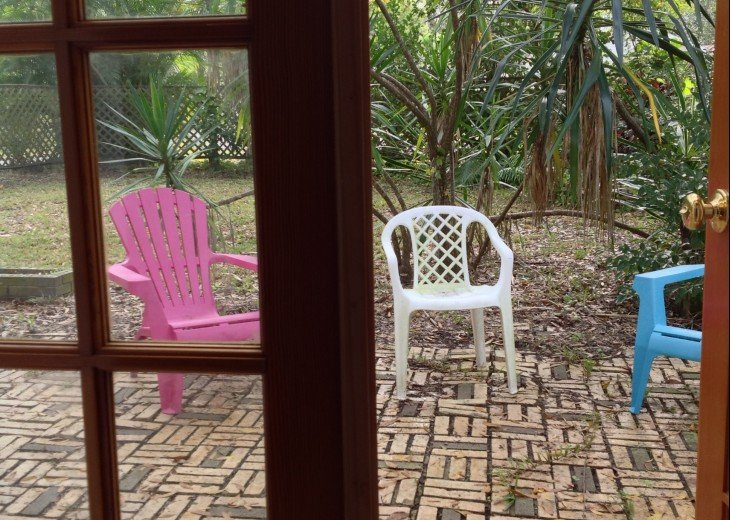 Peaceful Pinebrook Manor for 2 to 14 guests 1 block from Clearwater Country Club #35