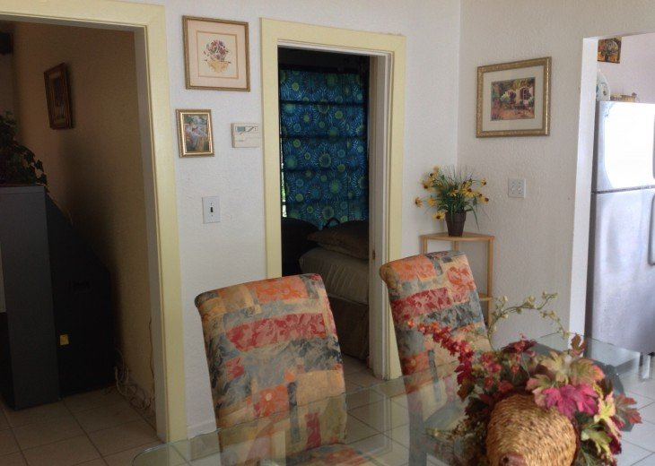 Peaceful Pinebrook Manor for 2 to 14 guests 1 block from Clearwater Country Club #6
