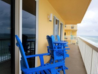 Captains chairs perch you up high enough to take in all the of Gulf of Mexico