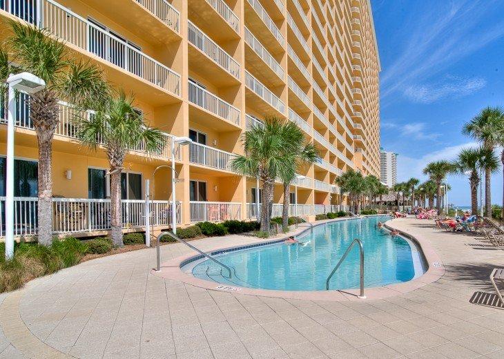 OPEN 7/20-25 ! Calypso 2nd Floor~BEACH FRONT! FREE Beach Chairs! #16