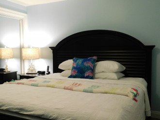 Master is a peaceful retreat~ comfortable king size bed & large closet