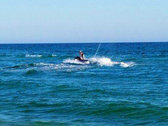 ...jet skiing and much more things to do at Calypso Resort beach!