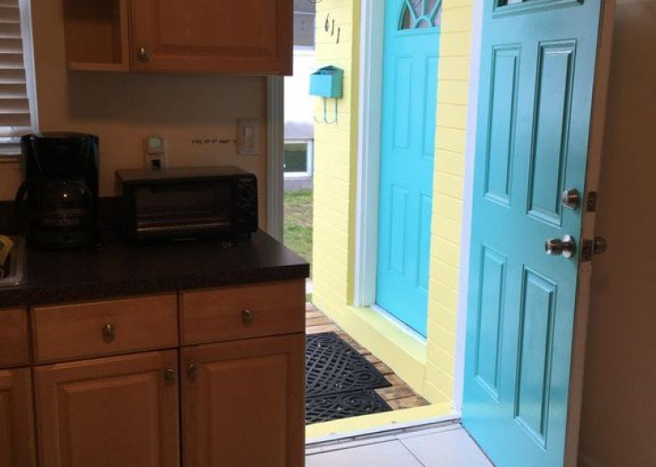 UNIQUE! * 2 HOMES in 1 * STEPS TO BEACH * 4 BR 2 BA * COTTAGE BY THE SEA * PETS #12