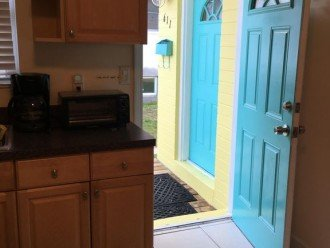 UNIQUE! * 2 HOMES in 1 * STEPS TO BEACH * 4 BR 2 BA * COTTAGE BY THE SEA * PETS #1