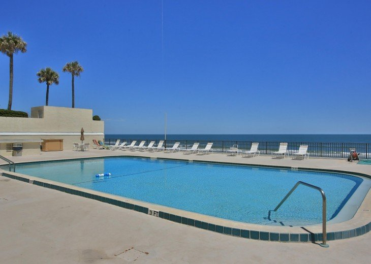 Direct Ocean Front Penthouse Condo #16