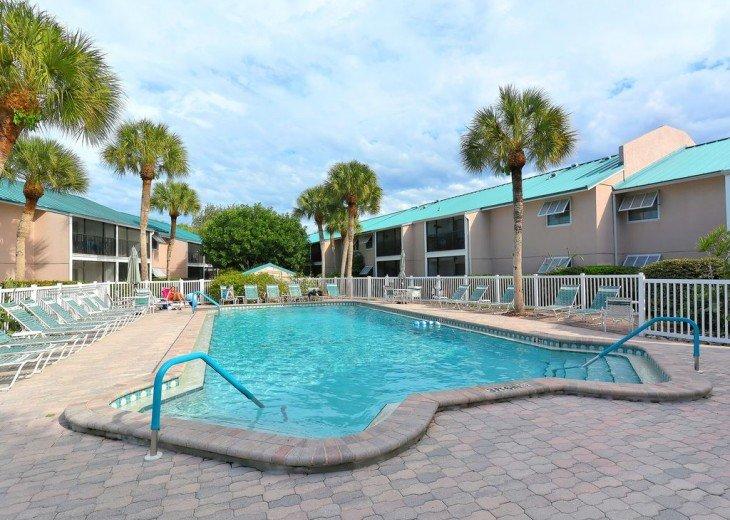 Best Location - Resort Amenities - Walk to Beach and Village, Pool & Boat Docks #16