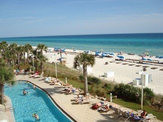 Full view of the beach side pool~ the white sand beach~ & the Gulf of Mexico