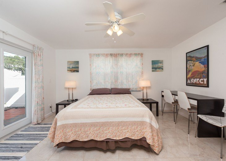 Licensed Vacation Rental with private pool 1 mile from the beach #18