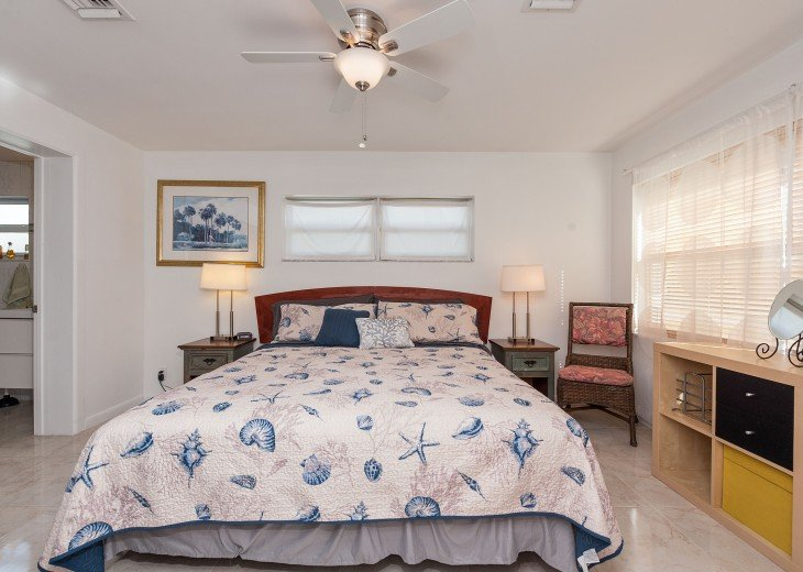 Licensed Vacation Rental with private pool 1 mile from the beach #19