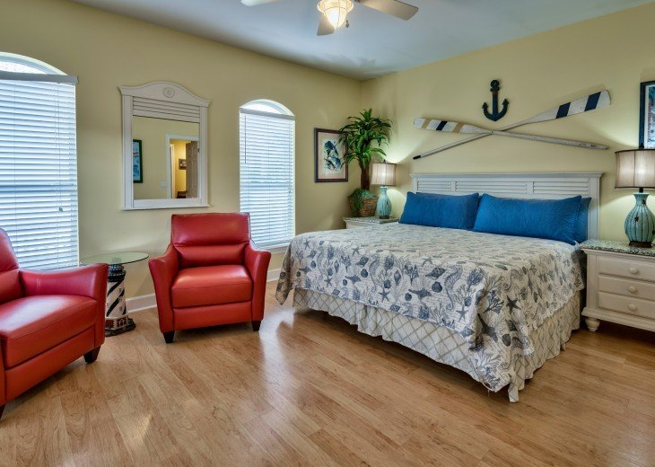 2nd Floor King Master Suite with Bathroom, Private porch and walk-in closet