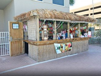 Outdoor Pool Tiki Bar