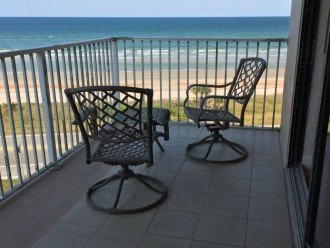 Like New! Large Ormond Beach 4th Floor Corner Oceanfront 2/2 Condo Sleeps 6 #1