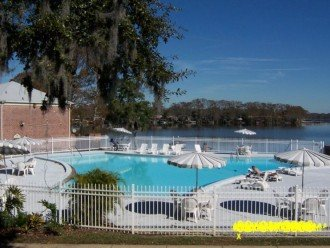 Beautiful Direct Lakefront Town home In N. Orlando with WiFi #1