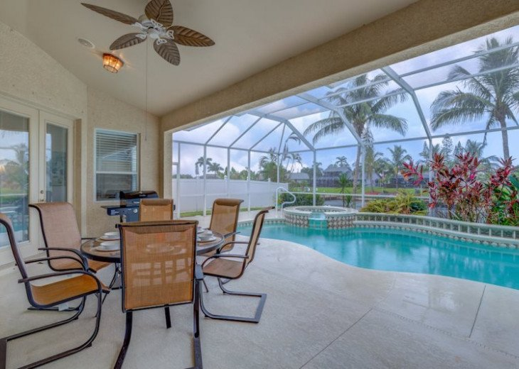 Seas The Day - 3 Bedroom, 3 Bathroom Home plus Den, SE Cape Coral Waterfront #33