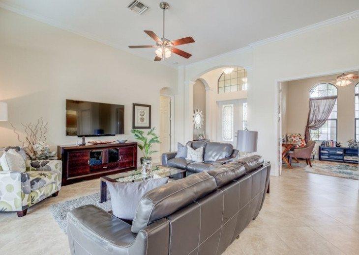 Villa Gasparilla - SW Cape Coral 3b/2ba + den luxury home w/electric heated pool #21