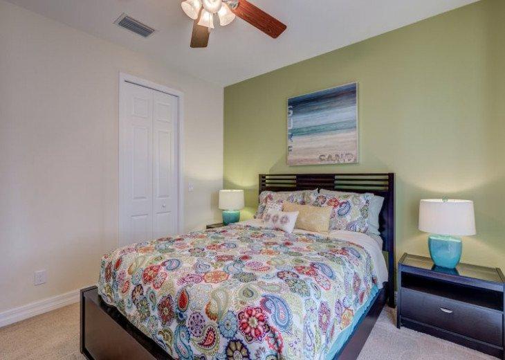 Villa Gasparilla - SW Cape Coral 3b/2ba + den luxury home w/electric heated pool #23