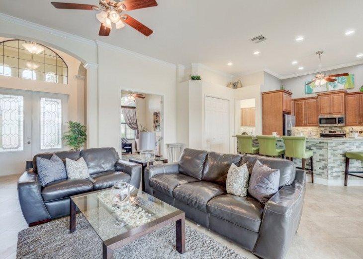 Villa Gasparilla - SW Cape Coral 3b/2ba + den luxury home w/electric heated pool #14