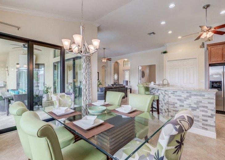 Villa Gasparilla - SW Cape Coral 3b/2ba + den luxury home w/electric heated pool #17