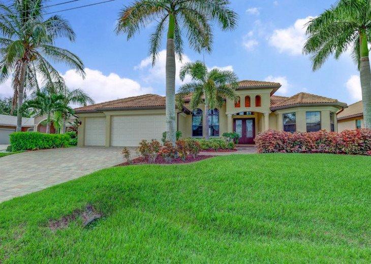 Villa Gasparilla - SW Cape Coral 3b/2ba + den luxury home w/electric heated pool #2