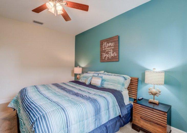 Villa Gasparilla - SW Cape Coral 3b/2ba + den luxury home w/electric heated pool #27