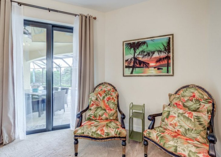 Villa Gasparilla - SW Cape Coral 3b/2ba + den luxury home w/electric heated pool #28