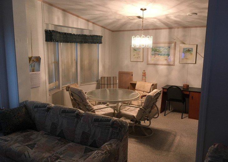 Lakefront moblie home in 55+ senior living Imperial Wilderness park #7
