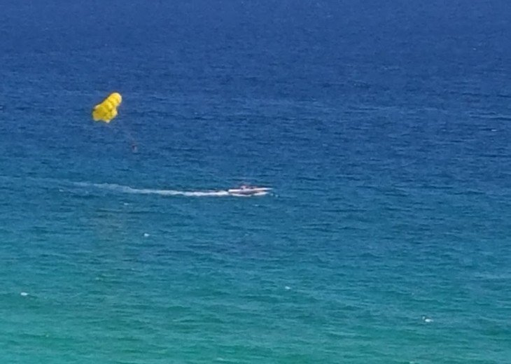 Feel like an adventure?How about Parasailing!?!