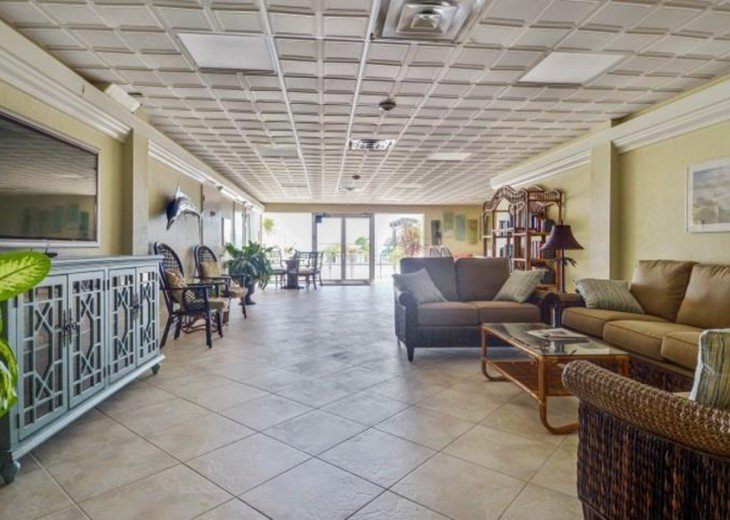 Palms #417 - Elegant 1 bedroom unit with Florida Bay Views from Balcony #14