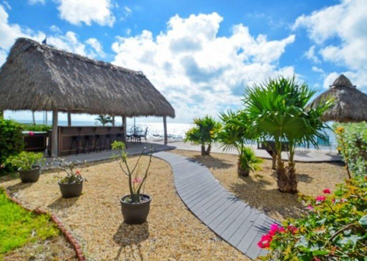Palms #417 - Elegant 1 bedroom unit with Florida Bay Views from Balcony #19