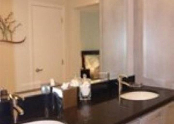 Palms #417 - Elegant 1 bedroom unit with Florida Bay Views from Balcony #10