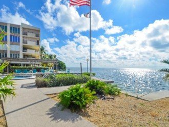 Palms #417 - Elegant 1 bedroom unit with Florida Bay Views from Balcony #1