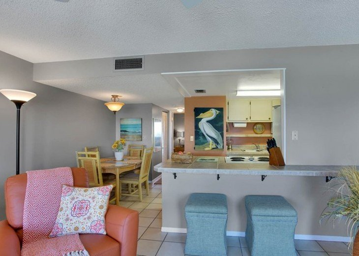 Beachfront Condo with Gulf View and Heated Pool #17