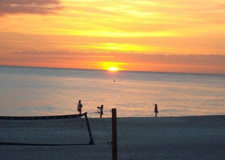Gulf sunsets have magical power~bringing peace to the end of a great beach day