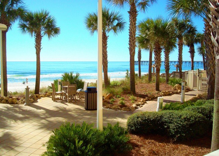Calypso Resort landscape is manicured, clean & has an awesome view of the Gulf